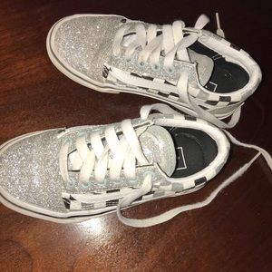 Girl's Vans Off the Wall Silver Sneakers Size 12